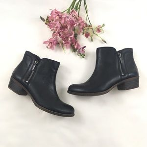 Lucky Brand Breah Black Ankle Boots 8